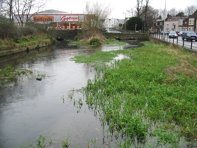 River running parallel to Charlton Road, Dover