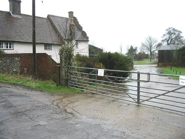 Newsole Farm and entrance