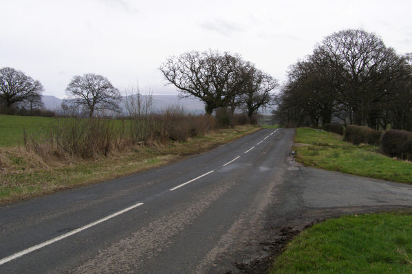 B6260 towards Hoff