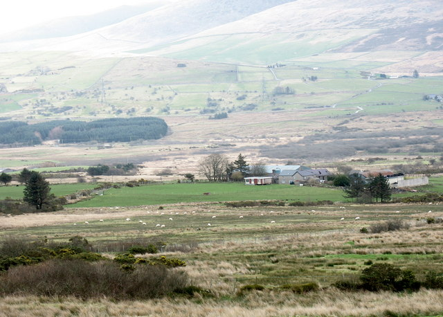 Cors-y-wlad Uchaf from the Bwlch Mawr road