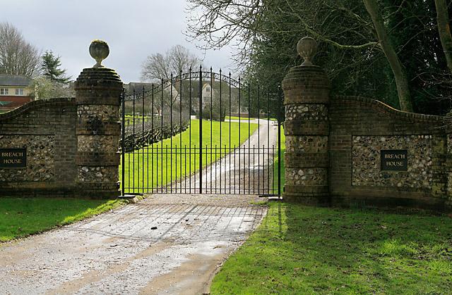 Entrance to Breach House