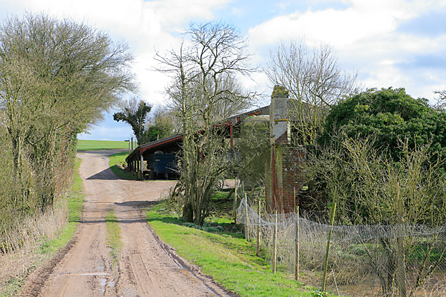 Ruin and Barn on Woodmancott Down