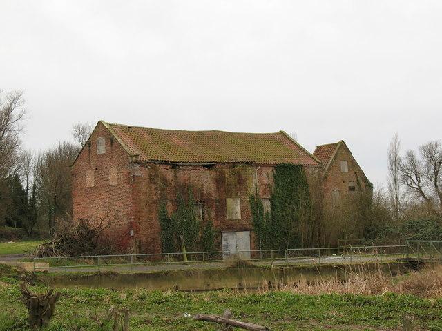 Disused Watermill, Sutton upon Derwent