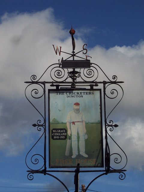 Sign for the Cricketers, Duncton
