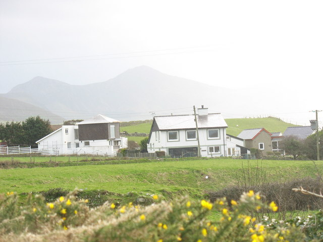 Large, modern, houses at Aberdesach