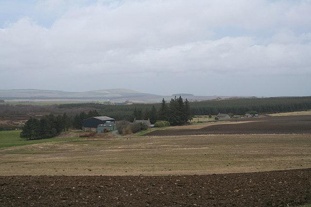Peterden Farm to the northwest