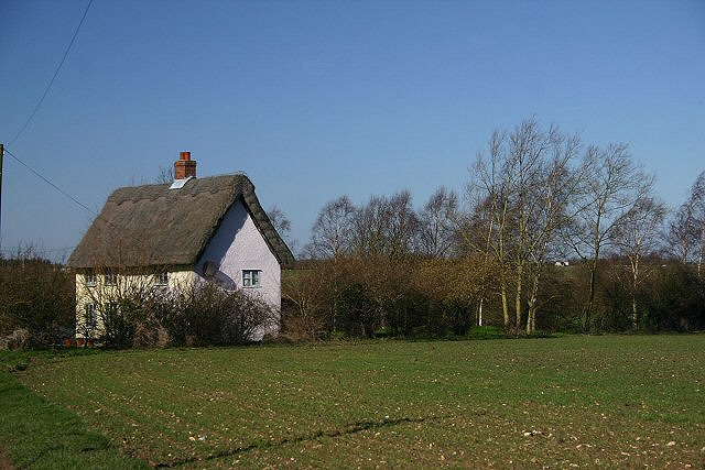 Lone cottage near Blo' Norton