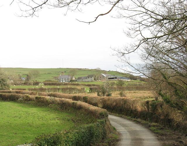 View towards Fferm Glanrafon from Pont Faen