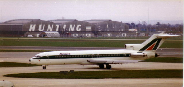 Old Hunting-Clan hangars at Heathrow, 1981