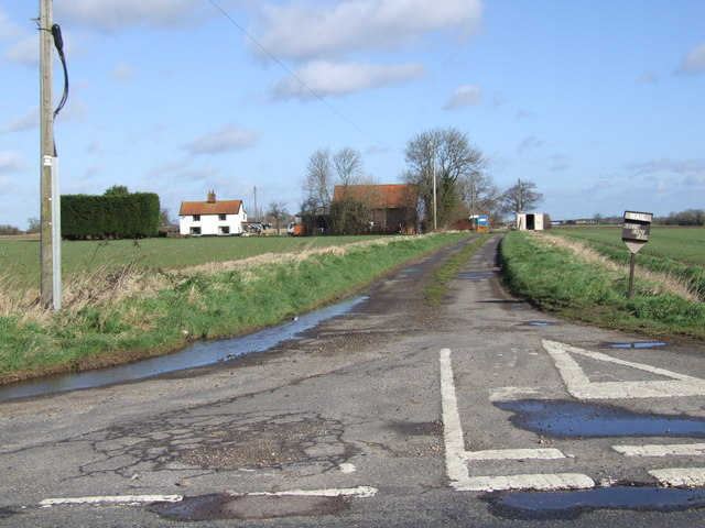 Track leading to Green Lane Farm
