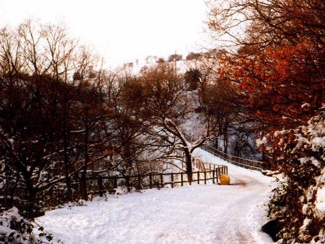 School Lane, Norden