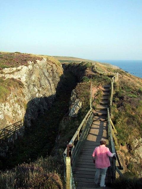 Portpatrick Railway cutting and footbridge
