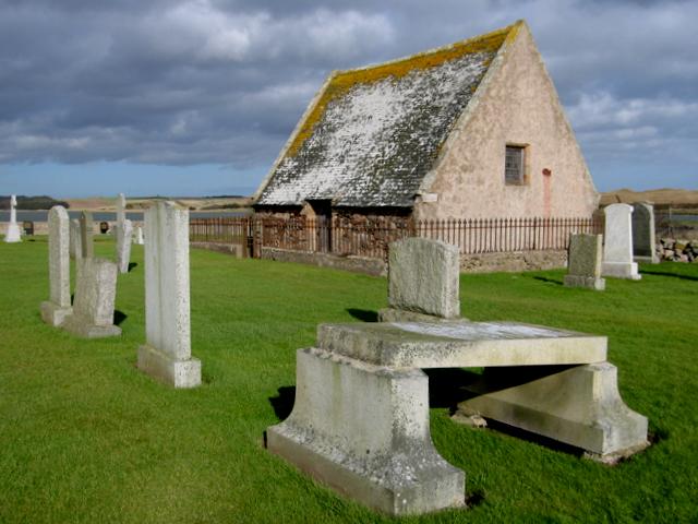 Udny mausoleum, Holyrood graveyard, Newburgh