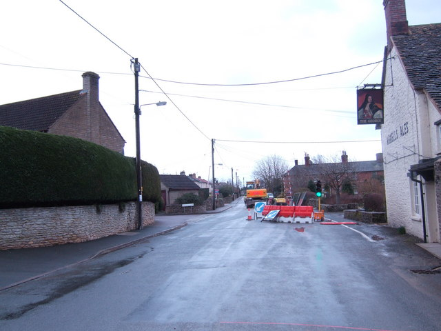 Road works in Kempsford