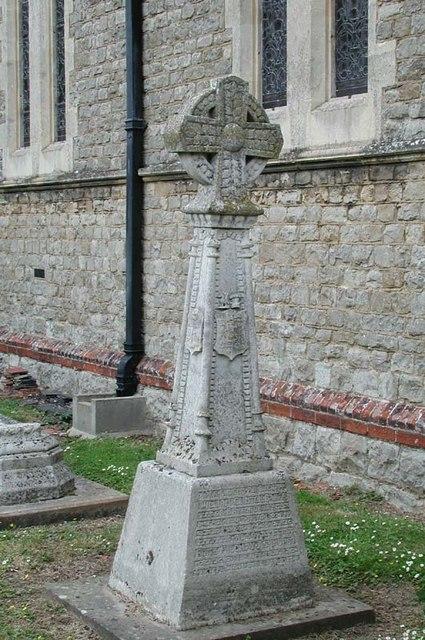 St Mary, Bayford, Hertfordshire - Churchyard Cross