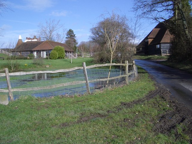 Iwood Place Farm Buildings
