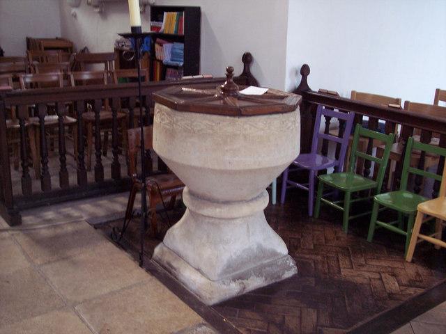 St Marys, Hale - Font