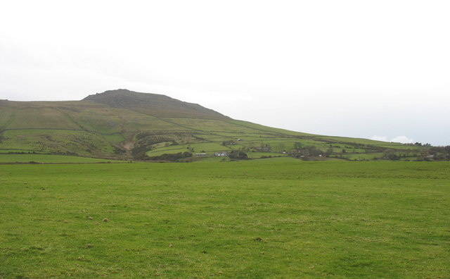 View across the fields towards Bron-yr-erw and Tan-y-bwlch