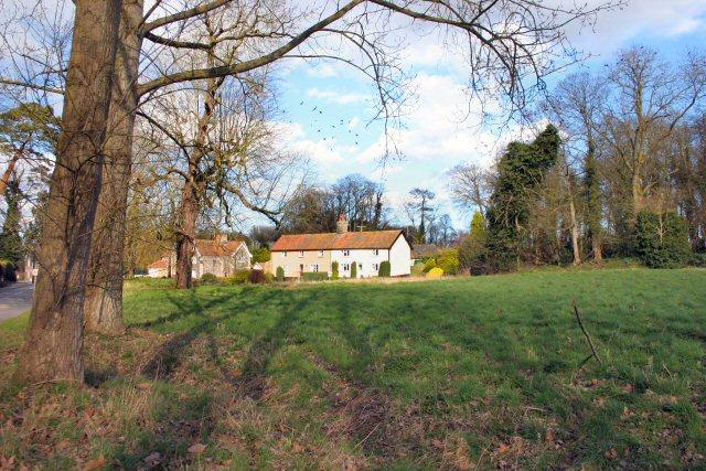 Cottages at Garboldisham