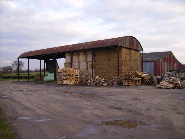 Barn and farm building at Spellow Grange