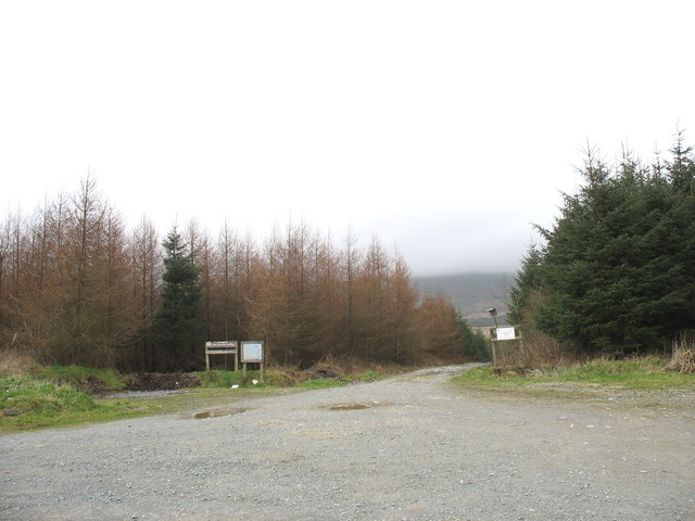 Main entrance to the Bwlchderwin forest