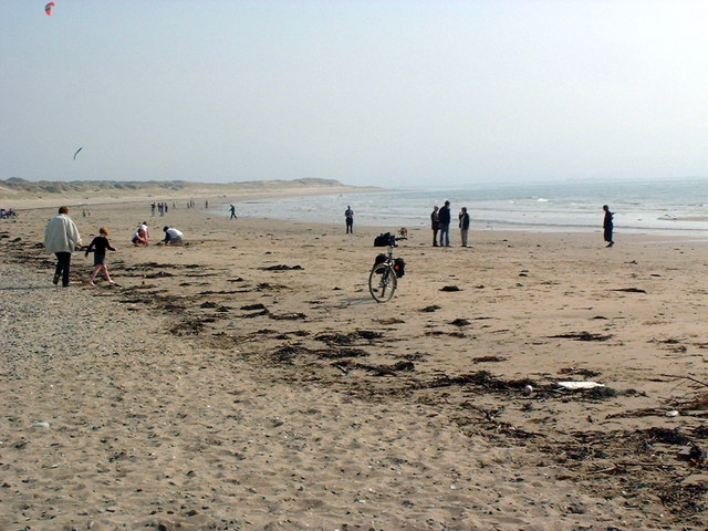 Newborough beach, Easter Sunday, 2002