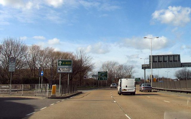 A406 passing turning to North Middlesex Hospital