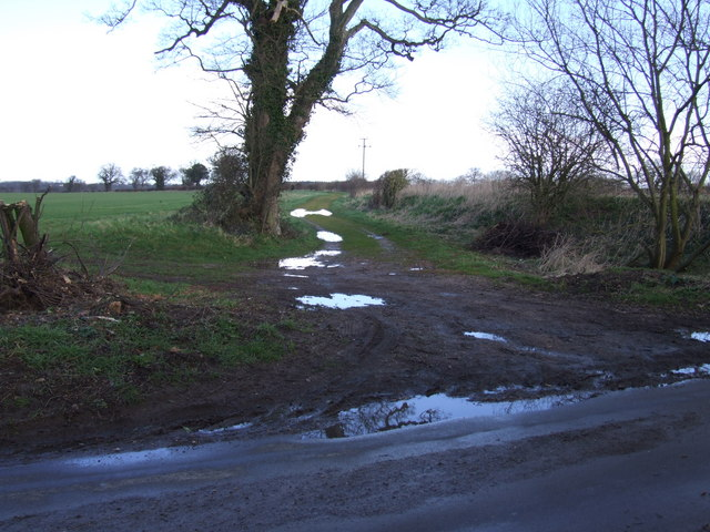 Boudica's Way, Stratton St. Michael
