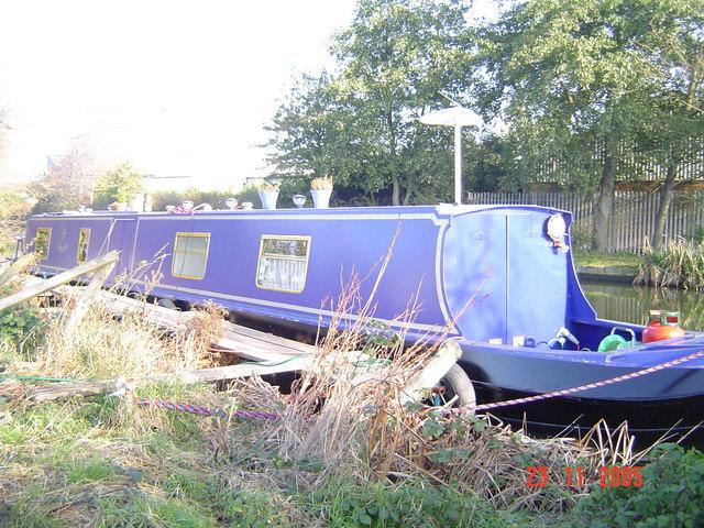 Narrowboat on Erewash canal