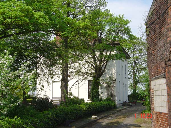 Caxton House, Cronton