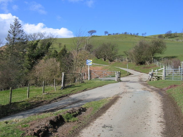 Crossroads in the Hills