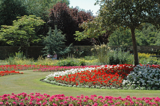 Myrtle Park Bingley