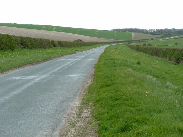 Enclosure road from Langtoft to Kilham