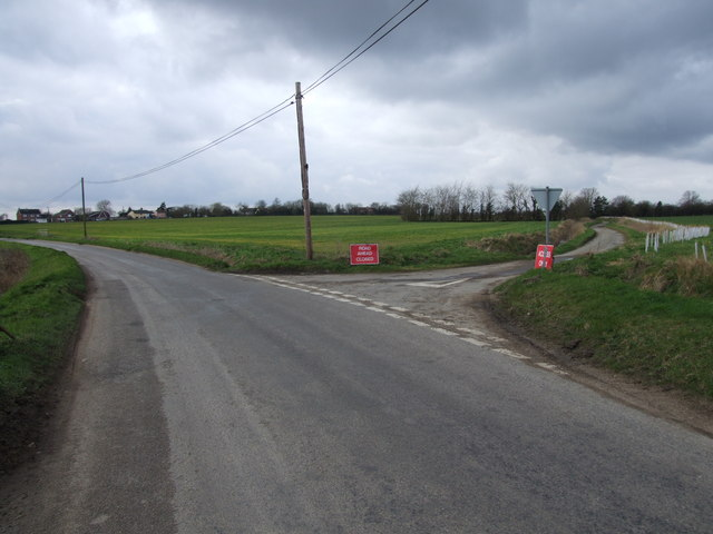 Road Junction at Colegate End