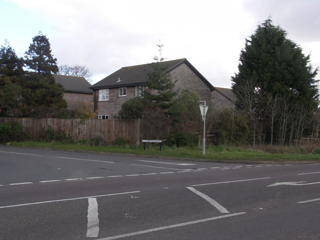 Junction of A337 and Everton Road, edge of Everton, Hants