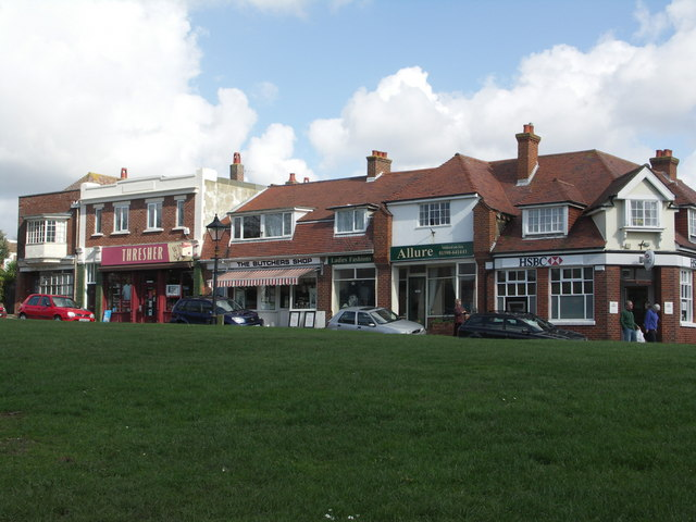 Milford on Sea - shops by the green