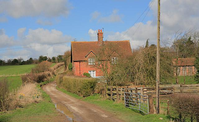Broad Lane passes Primrose Cottages