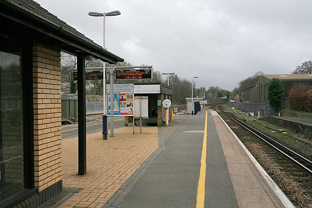 Platform on Micheldever Station looking towards Winchester