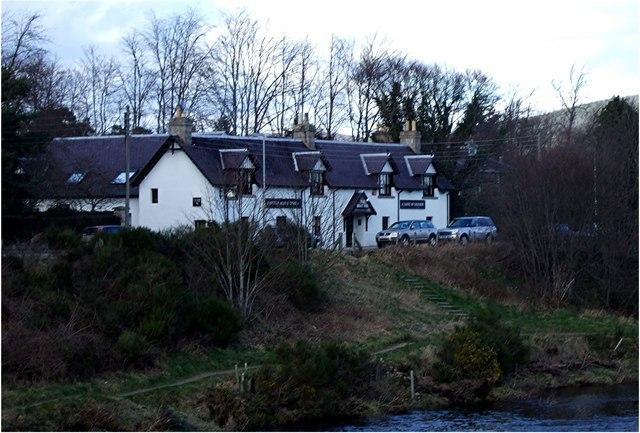 Riverside path by Boat Inn, Aboyne