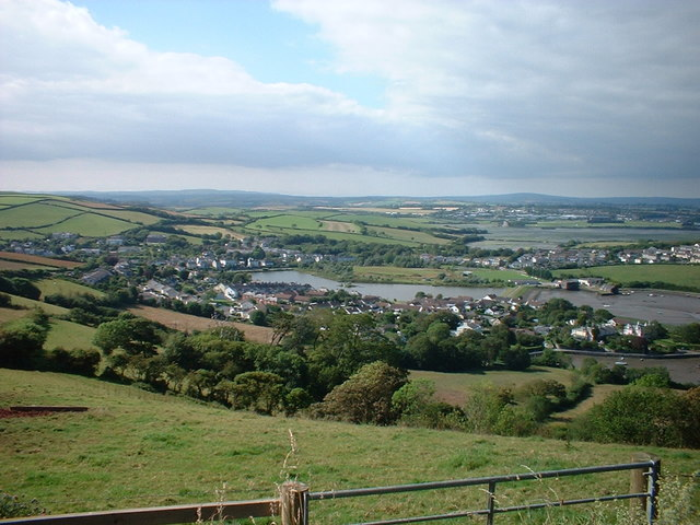 Millbrook village from Maker heights