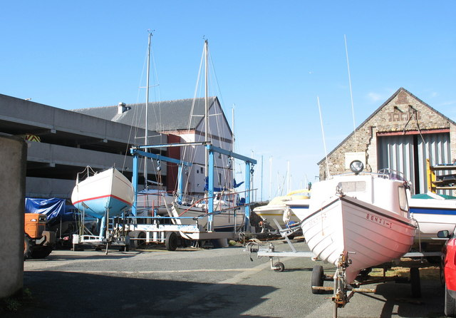 Boat repair yard at Victoria Dock