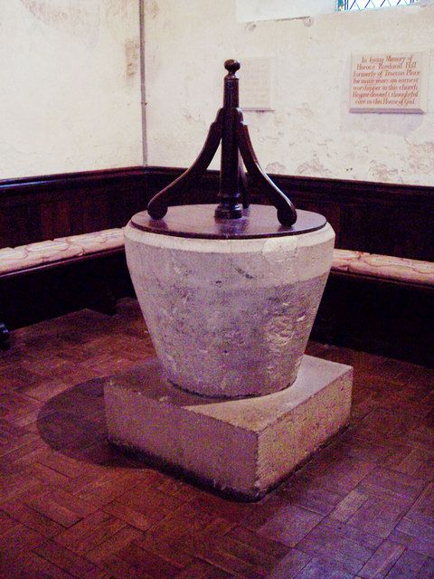 St George's Church, Trotton - Font