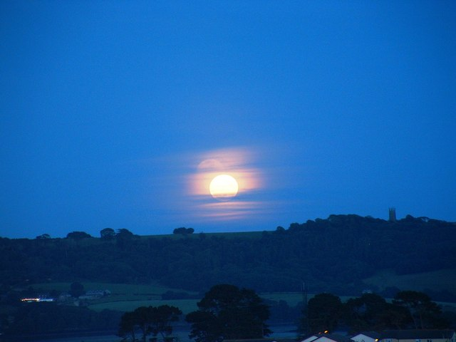 Moon over Maker Heights