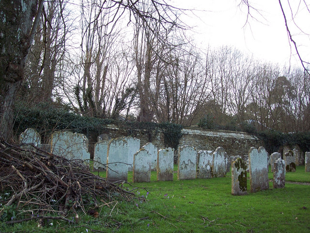 St George's Church, Trotton - Churchyard
