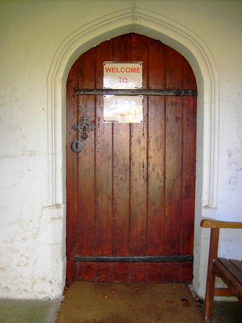 Holy Trinity church, Easton Royal