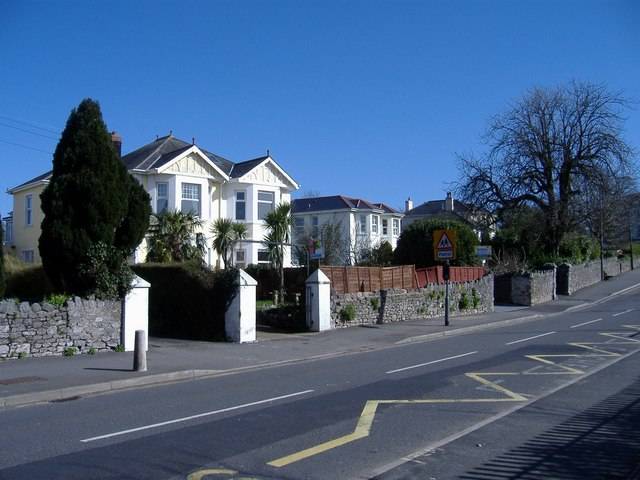 Westhill Road, Hele