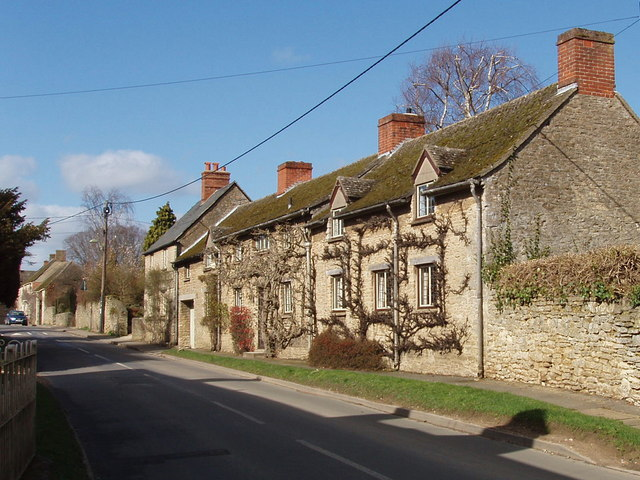 Cottages in Bletchingdon