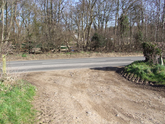 Track/Bridleway Junction with B1527