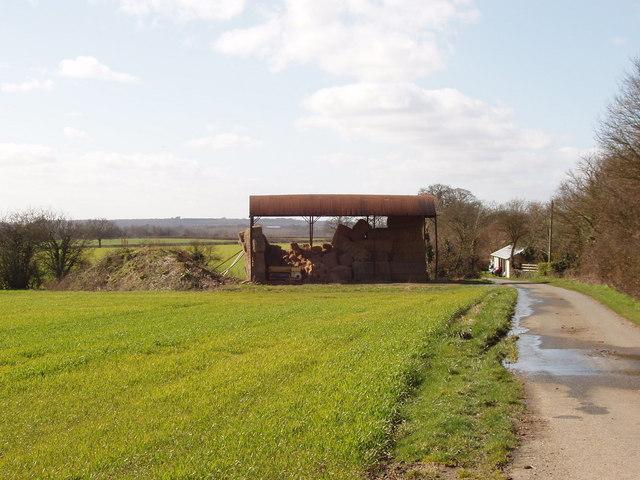Barn on road to Hampton Gay