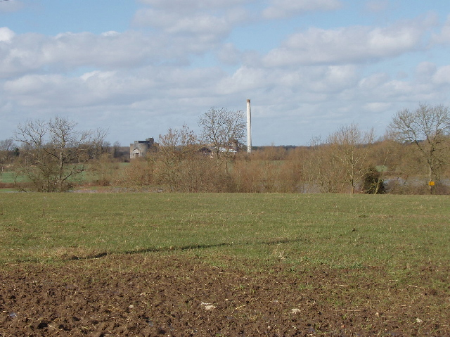 Fields, view  to Shipton on Cherwell cement works